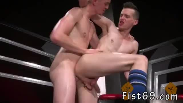 Gay twink fisted movie axel abysse and matt wylde bathe each other in a